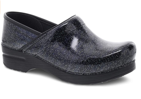 Best Women's shoes for hard floor and concrete. Dansko Women's Professional Clog Review